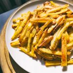 Oil-free baked chips